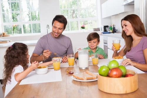 Ideias de cafés da manhã nutritivos para as crianças