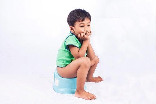A prisão de ventre nas crianças: o que causa e como resolver