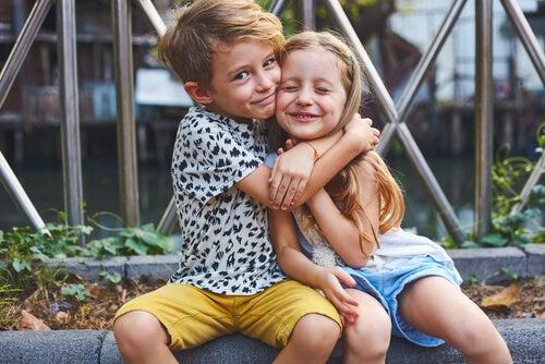Inteligência interpessoal nas crianças: o que é e como se desenvolve