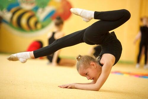 Ginástica artística para crianças, um esporte que traz vários benefícios