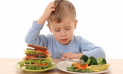 Não ter apetite resulta na perda de peso na infância