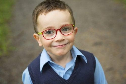astigmatismo nas crianças é um dos problemas de visão