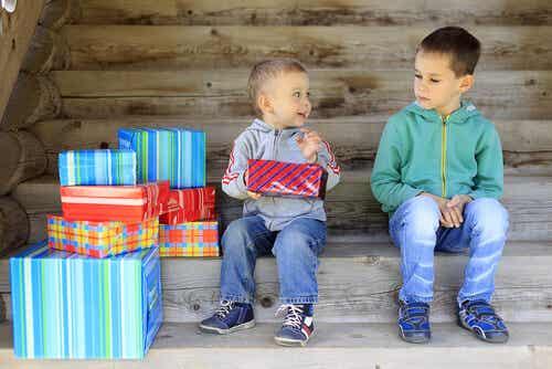 A inveja nas crianças: causas e formas de fazer desaparecer