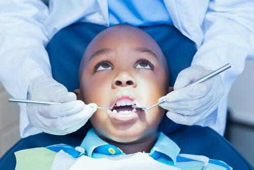 Crianças com medo de dentista: como ajudá-las?