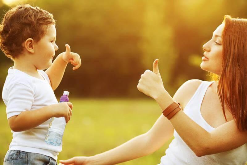 As 8 Melhores Frases Para Educar Com Amor Sou Mamãe