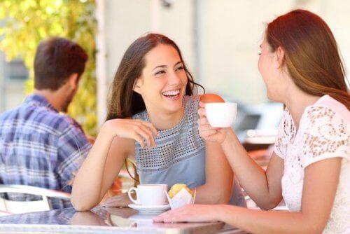 efeitos da cafeína durante a amamentação