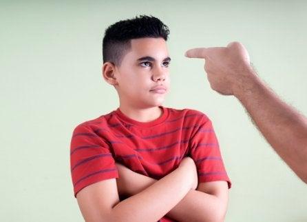 Pais exigentes: problemas e consequências