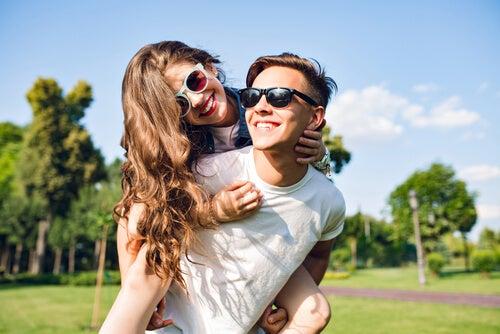 Amor na adolescência: como enfrentar com sucesso