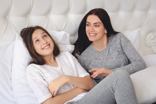 Como falar sobre menstruação com suas filhas?