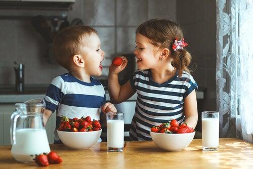 Tortas de fruta para crianças