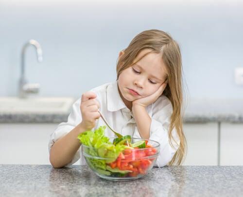 7 desculpas das crianças para não comer