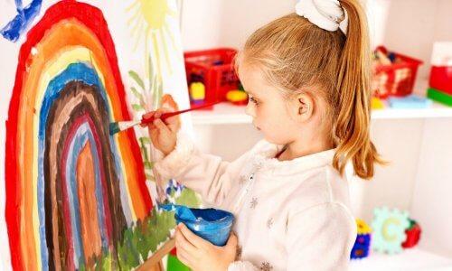 As etapas do desenho infantil mostram seu grau de desenvolvimento.