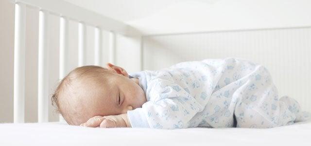 O método Ferber consiste deixar que os bebês durmam sozinhos.