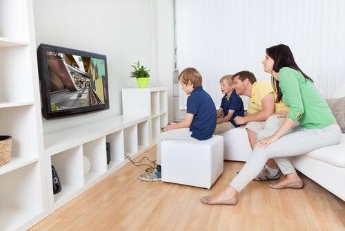 Jogos de mesa para crianças: tipos e benefícios