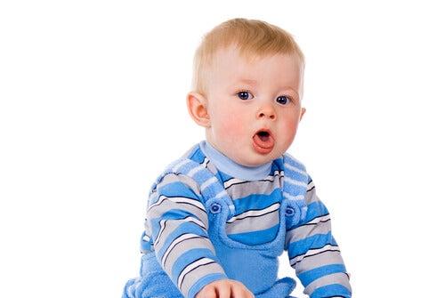 Como eliminar o catarro dos bebês?