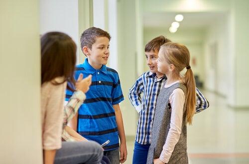 """Ensine o seu filho a enfrentar as """"brincadeiras"""""""