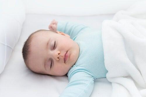 O reflexo do pescoço: a sua importância no desenvolvimento infantil