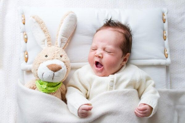 6 erros comuns ao colocar seu bebê para dormir