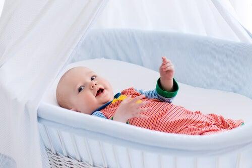 Mini berços ou moisés para bebês recém-nascidos?