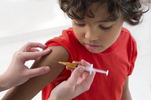 É realmente um problema não vacinar as crianças?