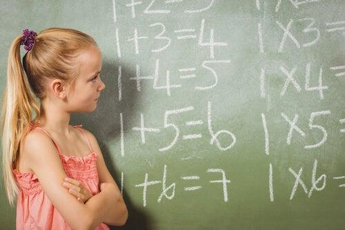 6 dicas de como ensinar as crianças a fazer operações de multiplicação