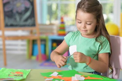 Artesanato para crianças é uma atividade divertida
