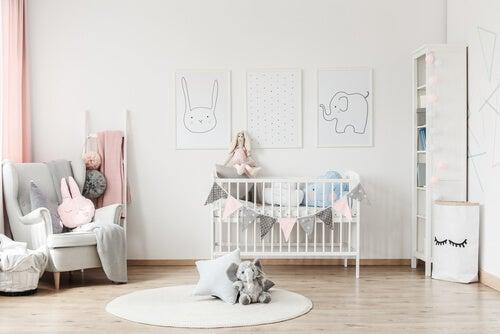 Como organizar o quarto do bebê para caber tudo?