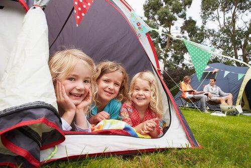 Acampar com os seus filhos: uma aventura e tanto!