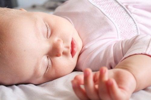 dicas para lavar as roupas do bebê adequadamente