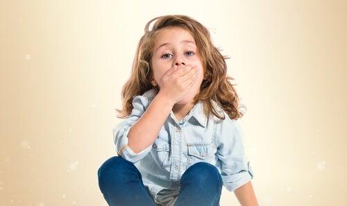 As boqueiras nas crianças: causas e tratamento