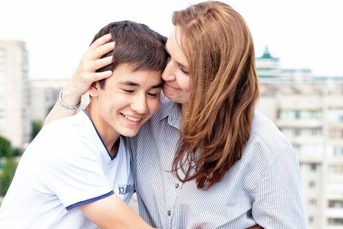 Como ganhar a confiança do filho adolescente?