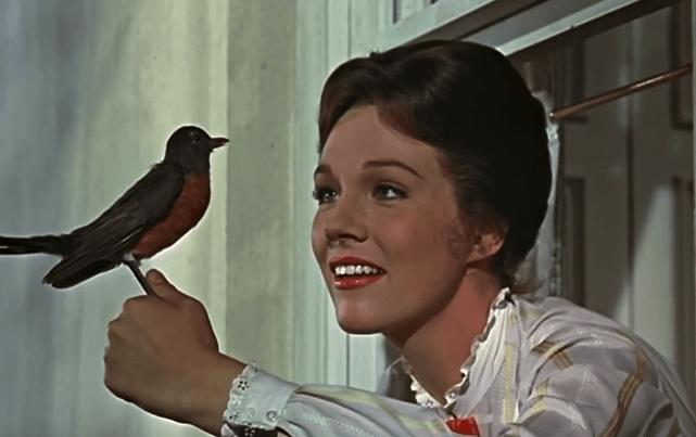 mary poppins com um pássaro