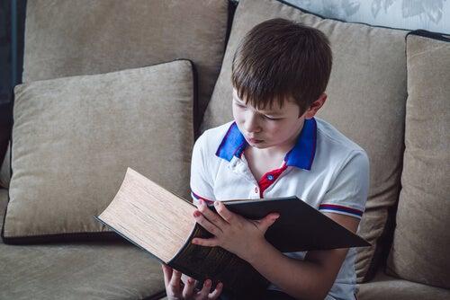 9 maneiras de ensinar as crianças a odiar a leitura