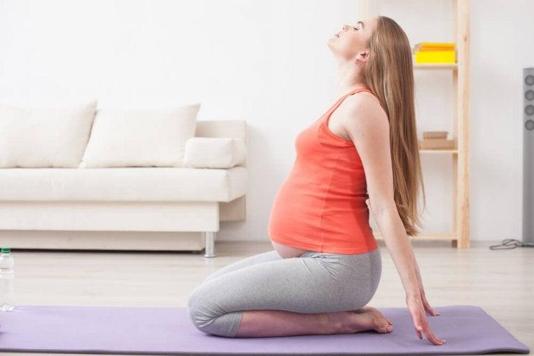 Seis benefícios da ioga para as mulheres grávidas