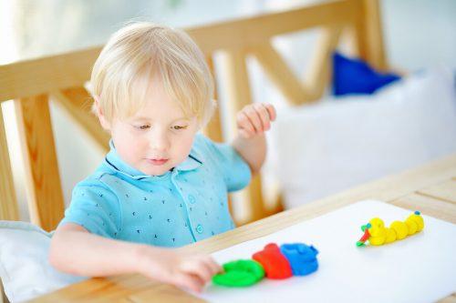 Benefícios das artes plásticas para as crianças