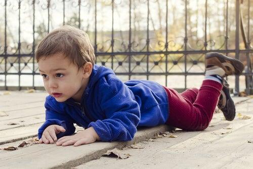 Quedas e crianças, um binômio muito comum