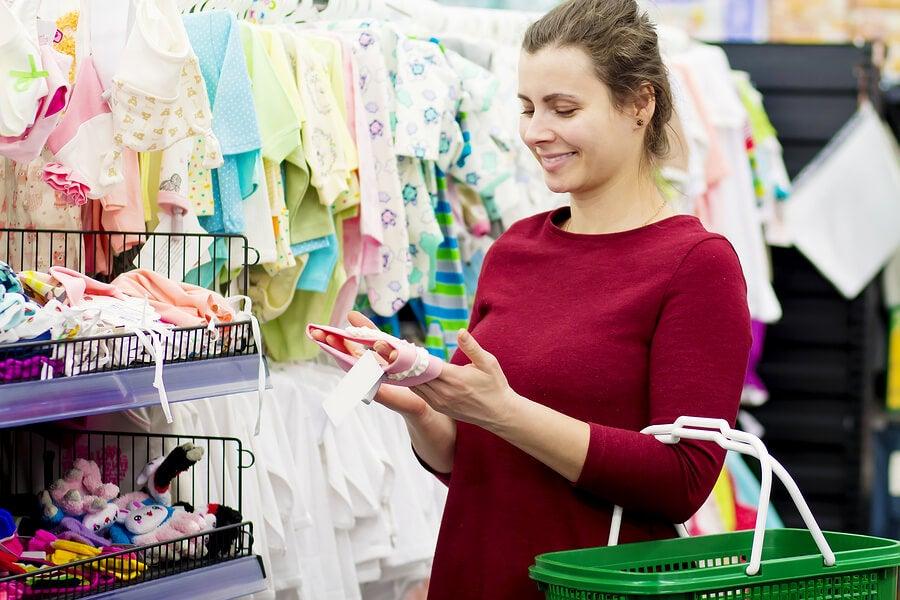 Mães de primeira viagem: 4 conselhos para fazer as compras do bebê