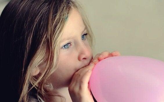 A técnica do balão para acalmar crianças nervosas