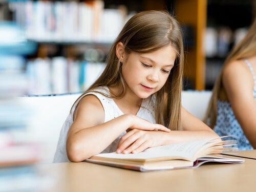 Seleção de poemas curtos para crianças
