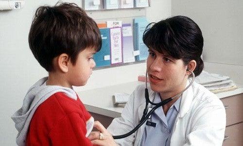 consulta anual com o pediatra