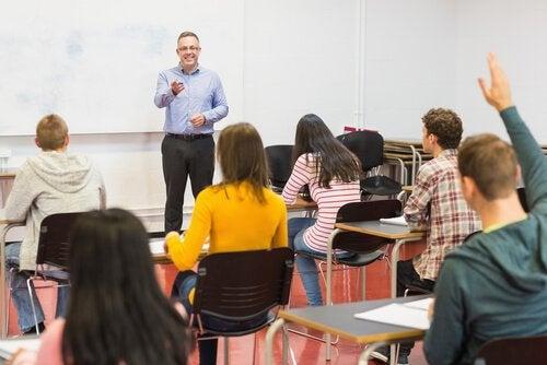 O que é o Ensino Médio Bilíngue?