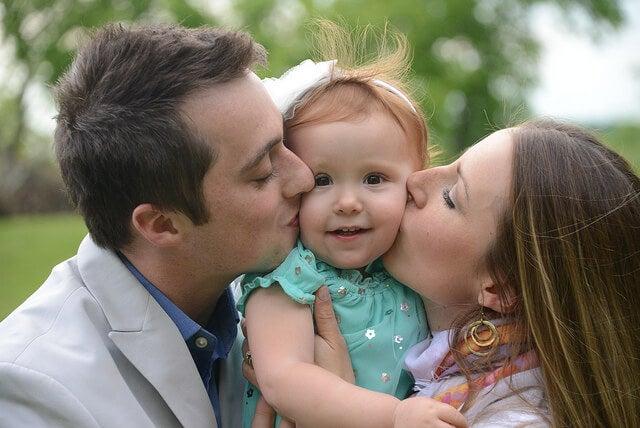 Qual será a primeira palavra do meu bebê, papai ou mamãe?