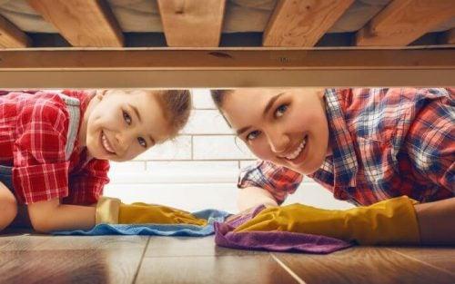 Esquema de tarefas domésticas para crianças de acordo com a idade