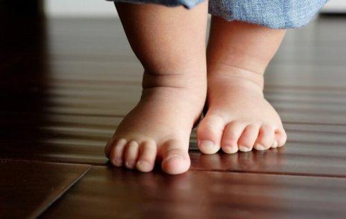 bebê-caminhando