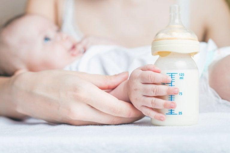 Embora seja raro, é possível engravidar durante a amamentação