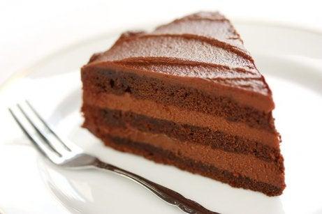 Um clássico: o bolo de chocolate