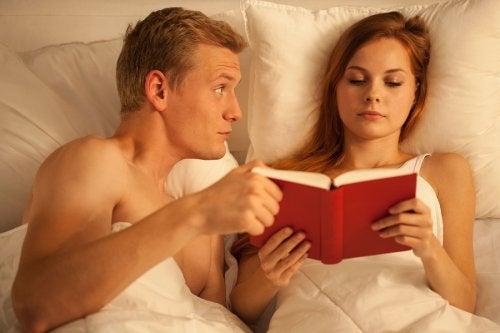 A sexualidade e a amamentação podem causar perda de apetite sexual no casal.