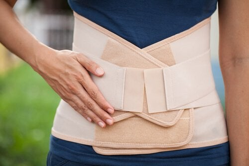 A cinta pode ajudar a recuperar a forma após o parto.