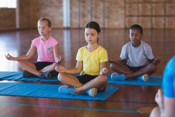 Os benefícios da meditação em sala de aula