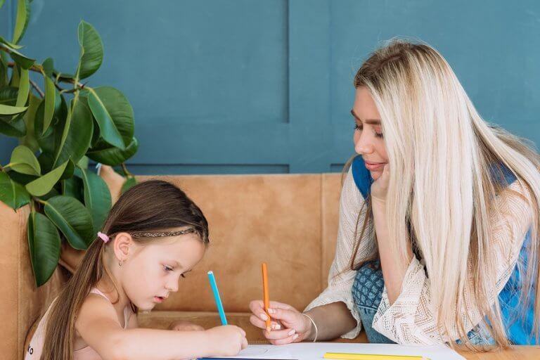 Apresentar livros para as crianças ajuda a não cometer mais erros de ortografia